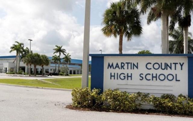 Detienen en Florida a dos estudiantes por amenazar con tiroteo en secundaria - Martin County High School