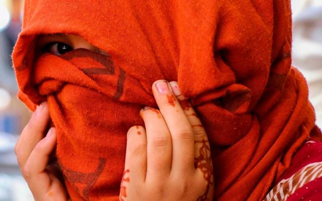 """México exige a los talibanes """"respetar"""" los derechos de mujeres y niñas - Niña en Afganistán"""