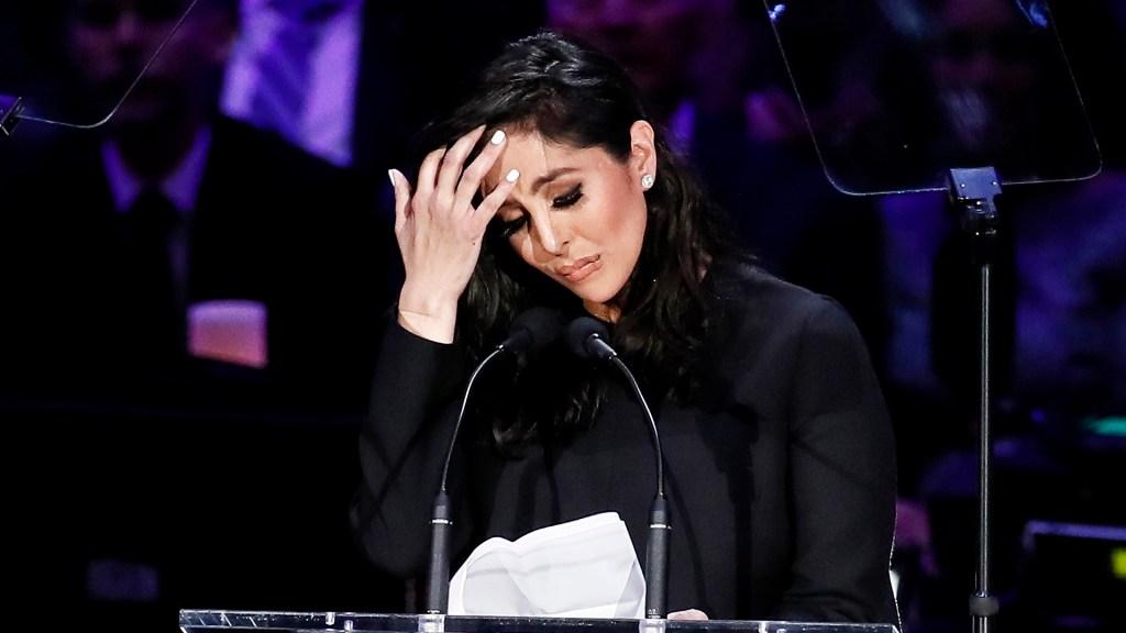 Los Ángeles demanda que Vanessa Bryant se someta a test psicológico - Vanessa Bryant en homenaje a Kobe Bryant