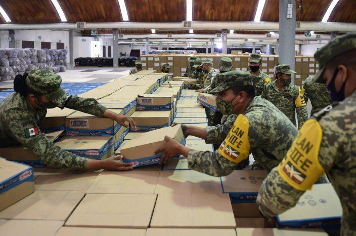 14 11 2020 CENTRO DE ACOPIO VILLAHERMOSA TABASCO FOTO 04 - Presidente supervisa en Tabasco atención a damnificados – AMLO #AMLO