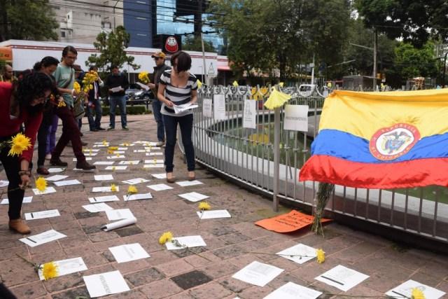 Colectivo Me Muevo Por Colombia.