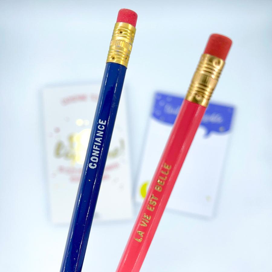 deux crayons de l'idée cadeau fete des meres