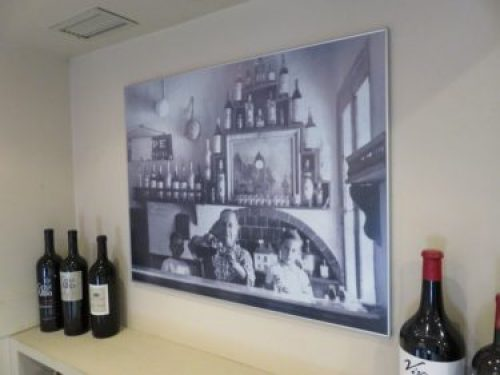 Zacarías Peinador aún da la bienvenida a Casa Zaca, fundada en 1940 (foto: Cuchillo)