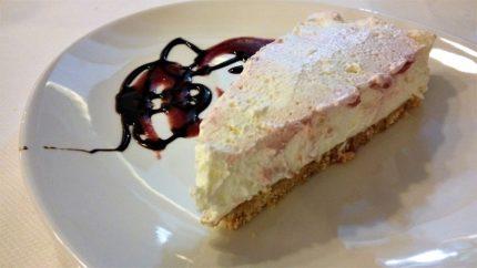 Tarta de queso, en la Herriko Taberna de Meñaka (foto: Cuchillo)