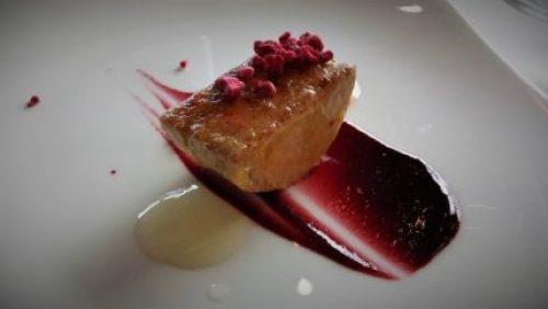 Foie y frutos rojos, en restaurante Andra Mari (foto: Cuchillo)