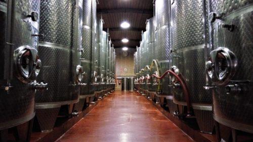 Depósitos de 10.000 litros en Virgen de Lorea (foto: Cuchillo)