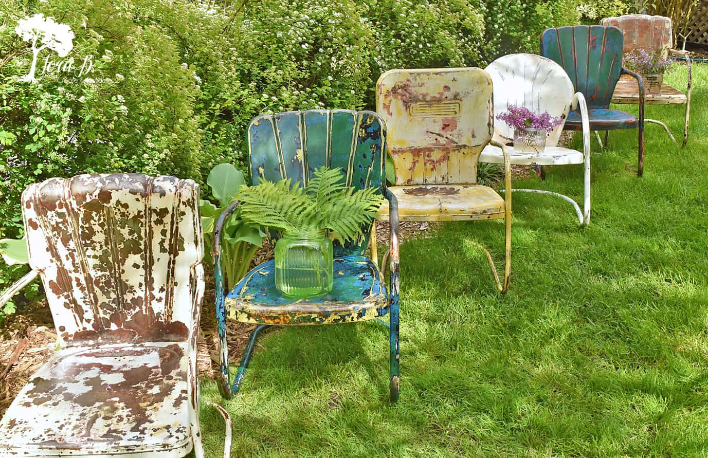 Retro Lawn Chairs How To Refresh And Enjoy Vintage Metal Lawn Chairs Lora