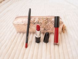 Trousse MAC Cosmetics Snowball Red, Sublime!