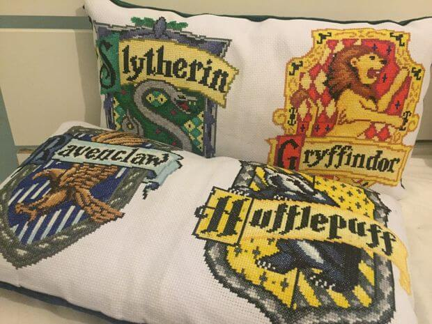 Harry Potter Crest Pillows Cross Stitch by Carlydx-x (source: Instructables.com)