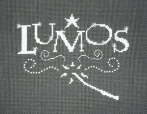 harry-potter-lumos-glow-in-the-dark-cross-stitch
