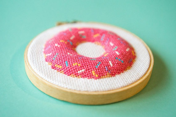 3D donut cross stitch by NickelAndGraceStudio (source: Etsy)