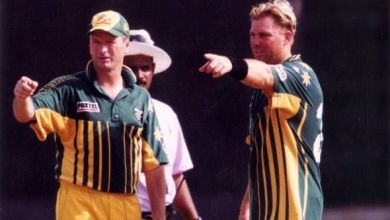 Photo of Steve Waugh Plays Down Warne's Comments of Him Being Selfish