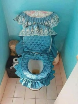 Toilet Biedermeier stijl
