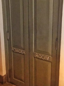 Powder Room -Calle