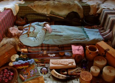 A female Viking burial including all the objects a woman might need in the afterlife