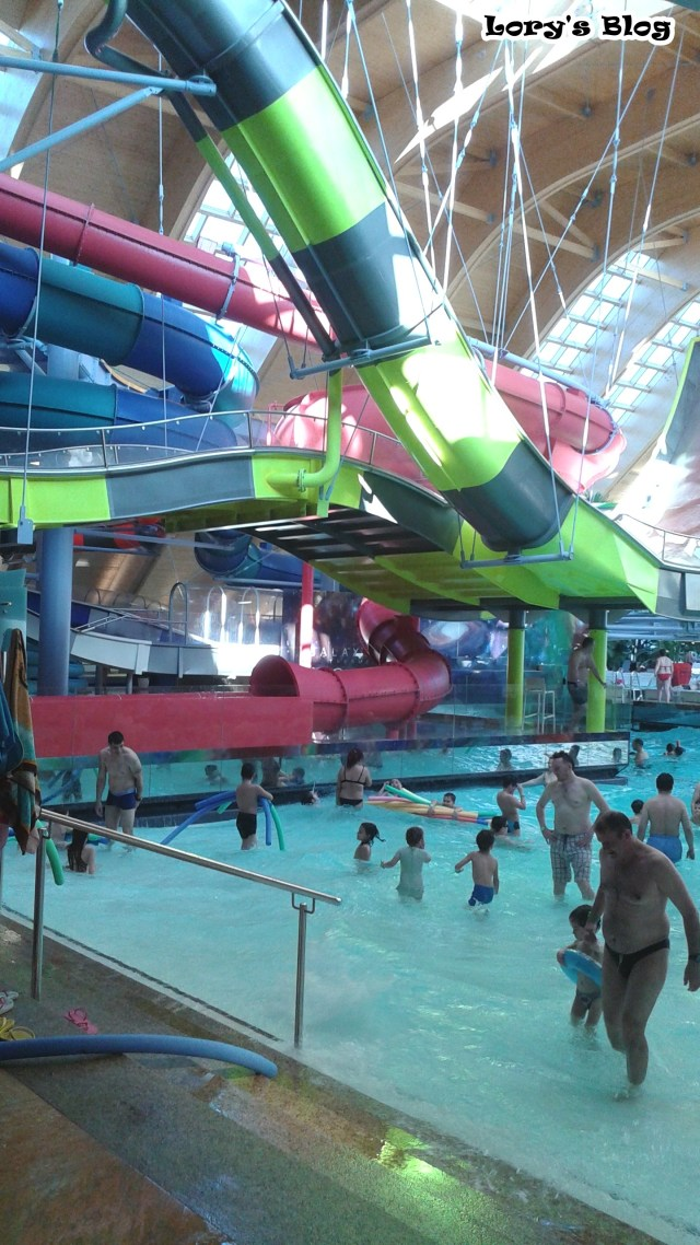 therme-bucuresti-the-galaxy-tobogane