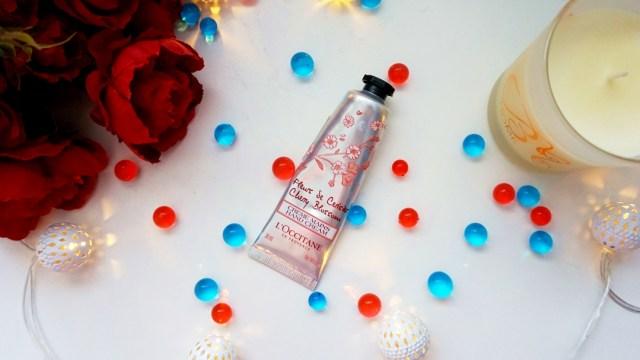 crema de maini Loccitane cherry blossom