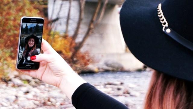autumn outfit - lorys blog selfie