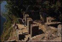 Inti Punku vue du dessus (le site est côté gauche)