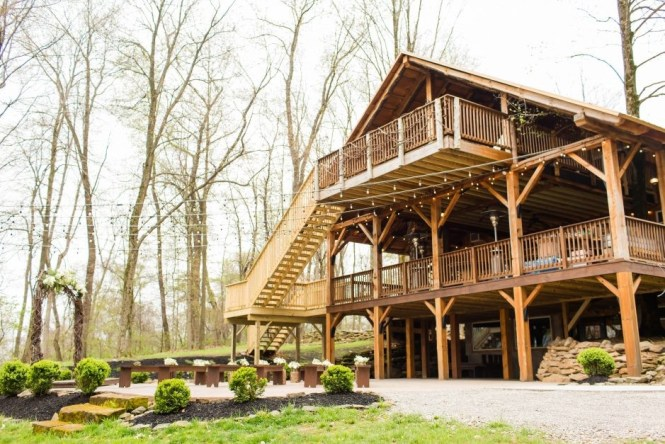 Rustic Wedding Venues Akron Ohio Enement Photographer In Loren
