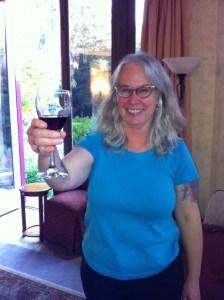 Loren w wine