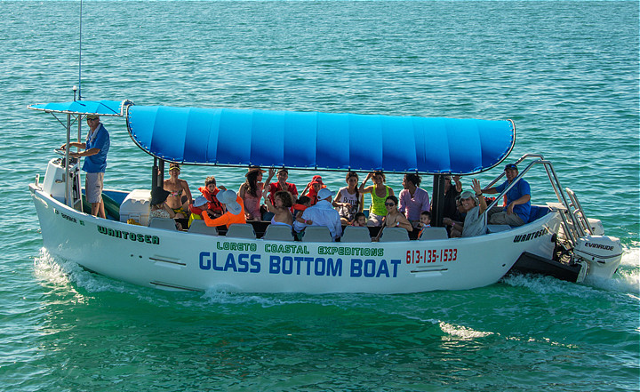 boat view sightseeing photo Glass bottom