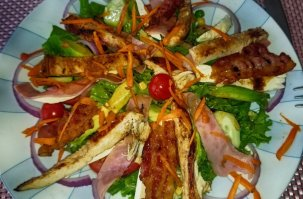 mita-gourmet-salad-chicken