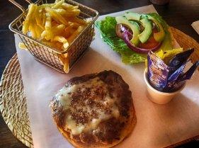 el-zopilote-burger