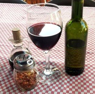 mezzaluna-wine-oil-vinegar