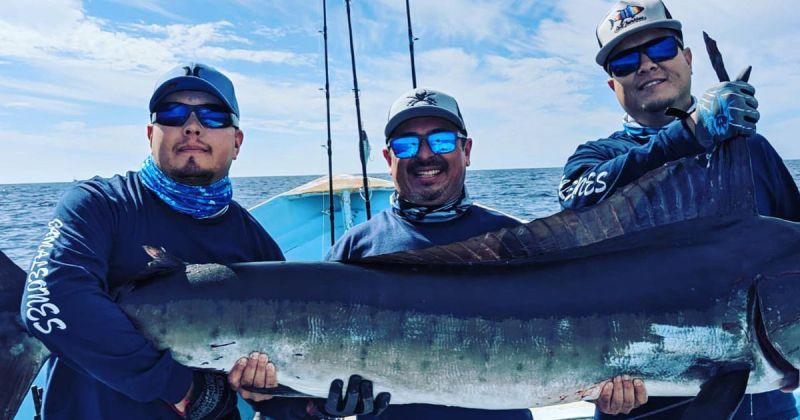 Marmako's Sportfishing & Island Trips
