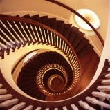 7NTspiral_stairs_down