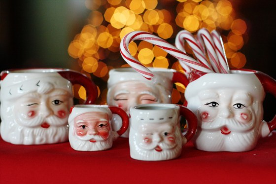 Christmas decorations Santa mugs vintage