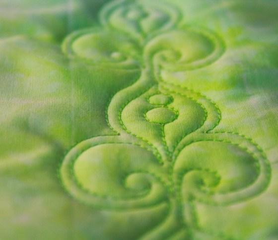 Fleur de lis, Free Motion Quilting Tutorial,