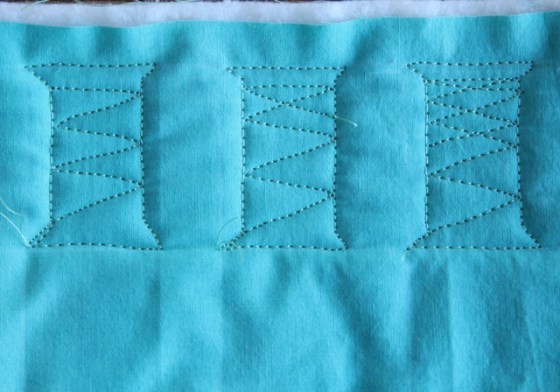 Free Motion Quilted Spools, A Tutorial
