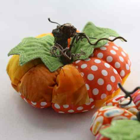 Pumpkin Pin Cushion Tutorial