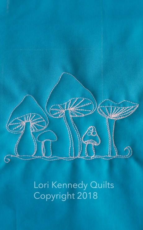 Quilting a mushroom motif