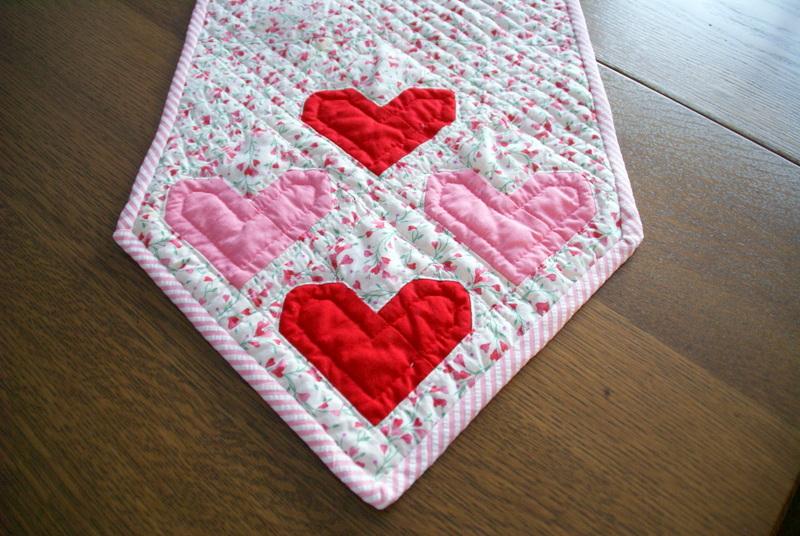 Make A Simple Pieced Heart Quilt Block Tutorial Lori