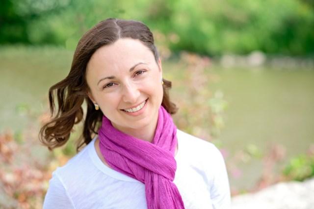 Headshot of author Lori Wolf-Heffner