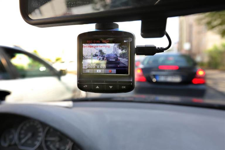 ¿Son legales las cámaras de coche en España?