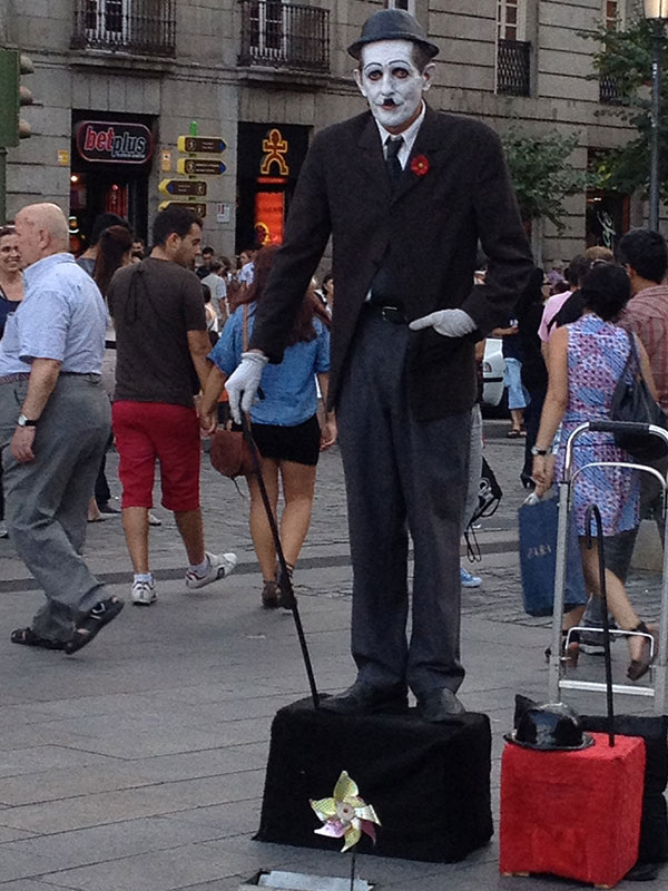 street-performer-madrid