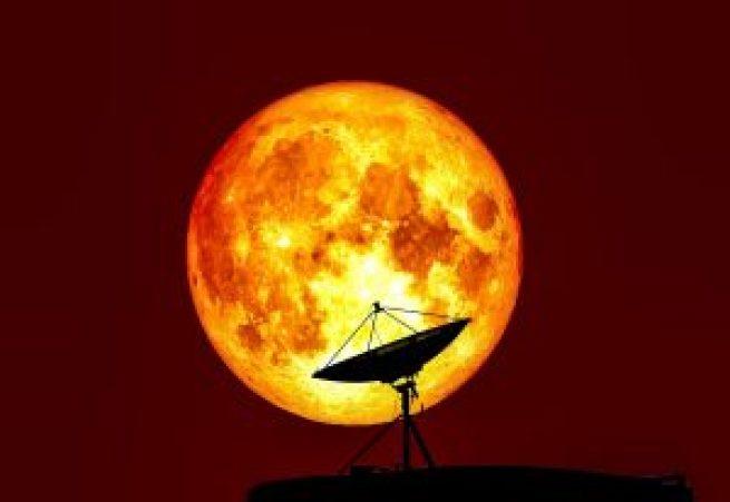 10422940-la-plus-grande-super-lune-du-siecle-se-produira-lundi-prochain