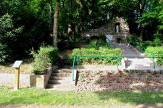 Sommerviller-Grotte-de-Lourdes-08