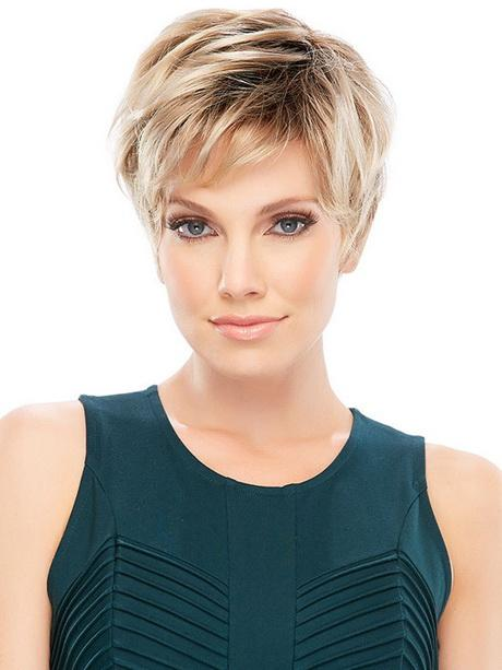 Best Short Hairstyles For Oval Faces Page 1