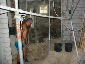 Vorbereitung für der Fußboden im Keller