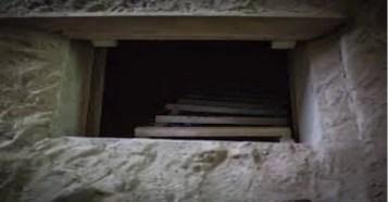 Albañil construye tunel para ver a su amante