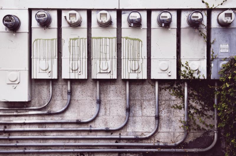 electrician in Encino