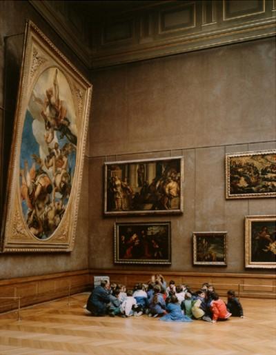 "Thomas Struth, ""Louvre 2"", 1989, Parigi."