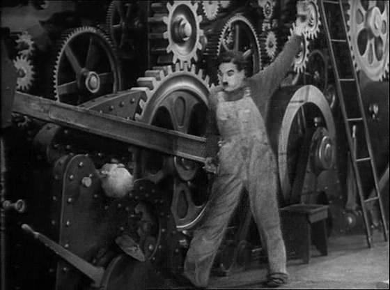 """Charlie Chaplin e l'alienazione del lavoro, in uno dei suoi film più celebri """"Tempi moderni"""""""