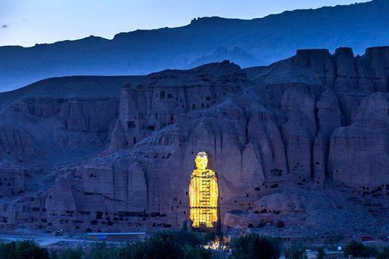 La ricostruzione virtuale dei Buddha di Bamiyan - Lo Sbuffo