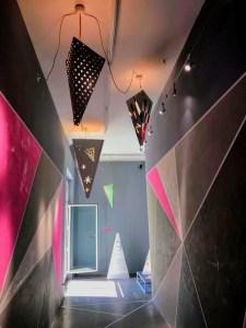 Corridoio del Fuorisalmone di Claudia Terzaghi per Maxalto al Fuorisalone 2018